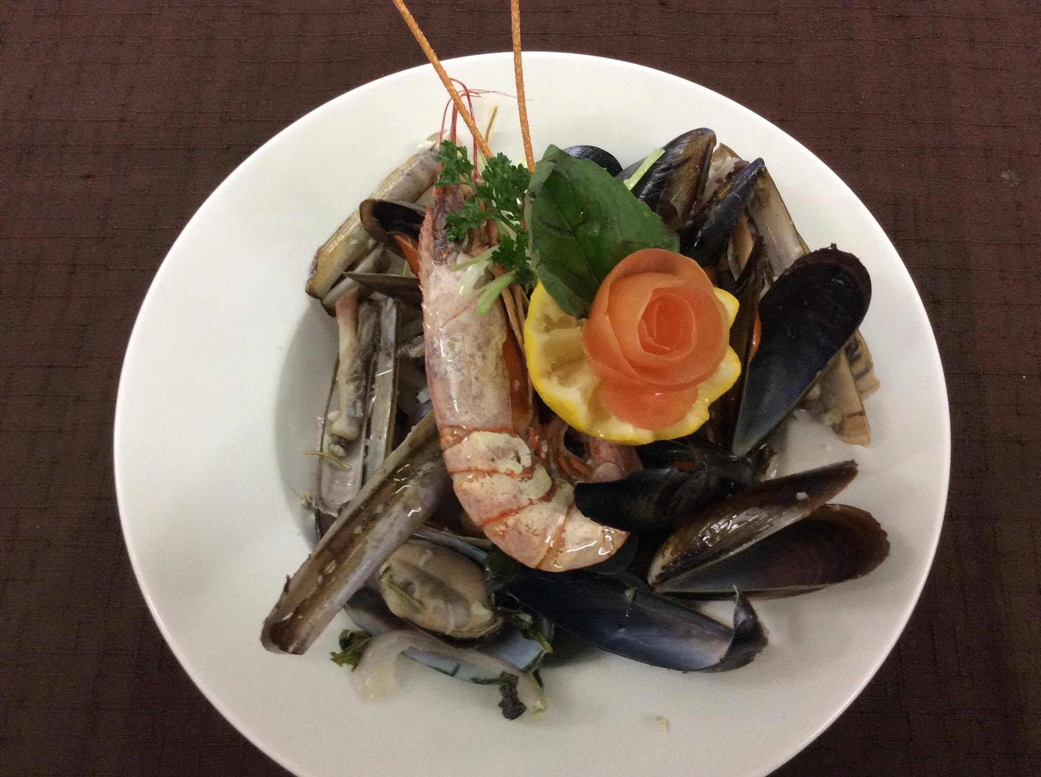 mixed-shellfish-platter